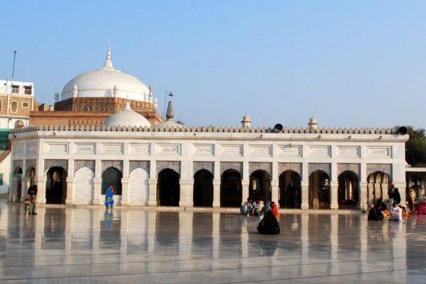 Baba Farid's Tomb Faridabad